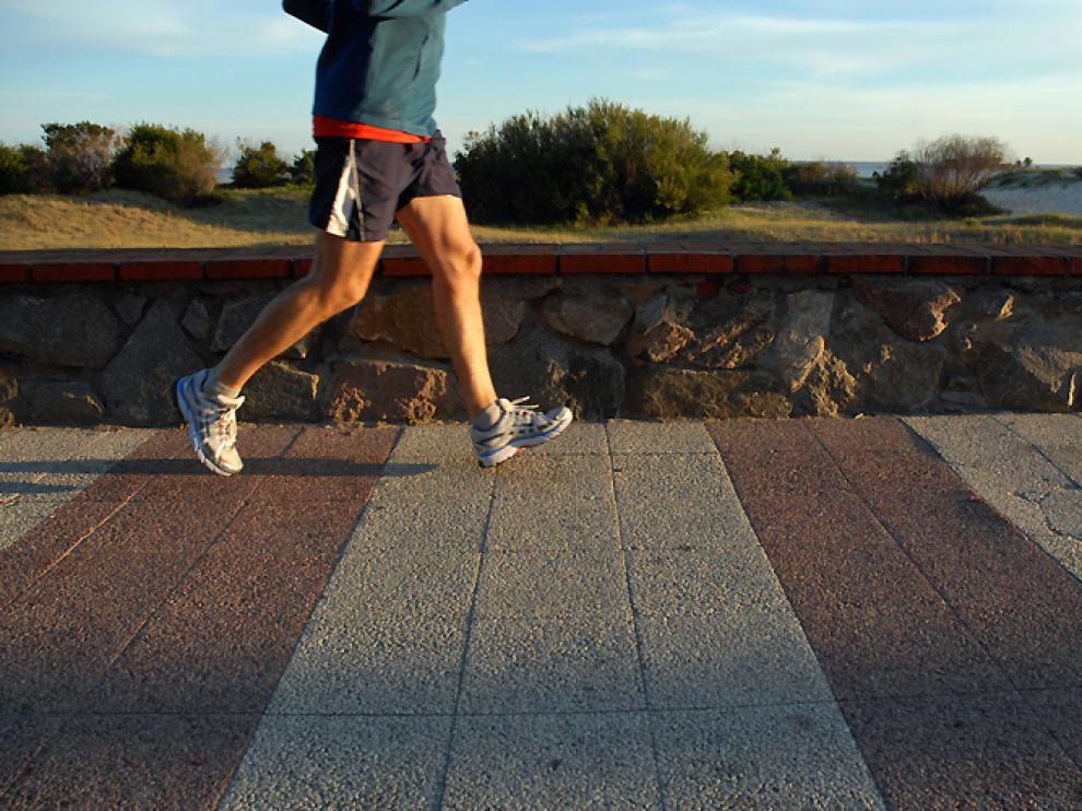 El ejercicio de alta intensidad ayuda a quemar calorías más rápidamente